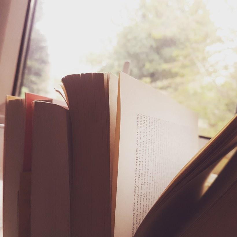 Books silhouette @lochanreads